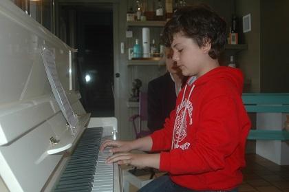 au piano les garçons aussi